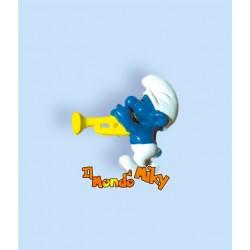 2.0047 Puffo suona tromba