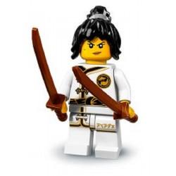 Lego Minifigures Ninjago Nya in Addestramento